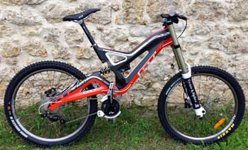 cycles et nature : magasin de vente et de reparation de velo a bordeaux, GT bicycles fury team carbone 2013