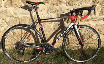 cycle, cycles et nature : magasin de vente et de reparation de velo a bordeaux, CUBE Agree GTC race White n black n red 2015