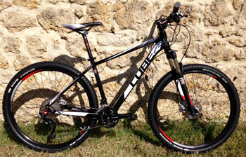 "cycle, cycles et nature : magasin de vente et de reparation de velo a bordeaux, VTT CUBE Attention 27.5"" black n white n red 2015"