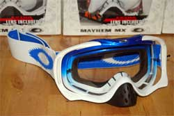 cycle, cycles et nature : magasin de vente et de reparation de velo a bordeaux, lunette et masque oakley mtb, vtt, dh, velo de route, mx, crowbar blue white fade