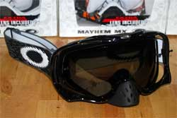 cycle, cycles et nature : magasin de vente et de reparation de velo a bordeaux, lunette et masque oakley mtb, vtt, dh, velo de route, mx,  crowbar jet black